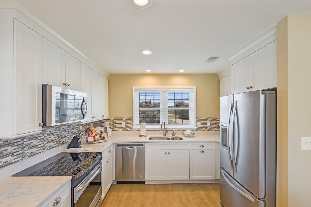 8 Second Level-Kitchen-_DSC6629