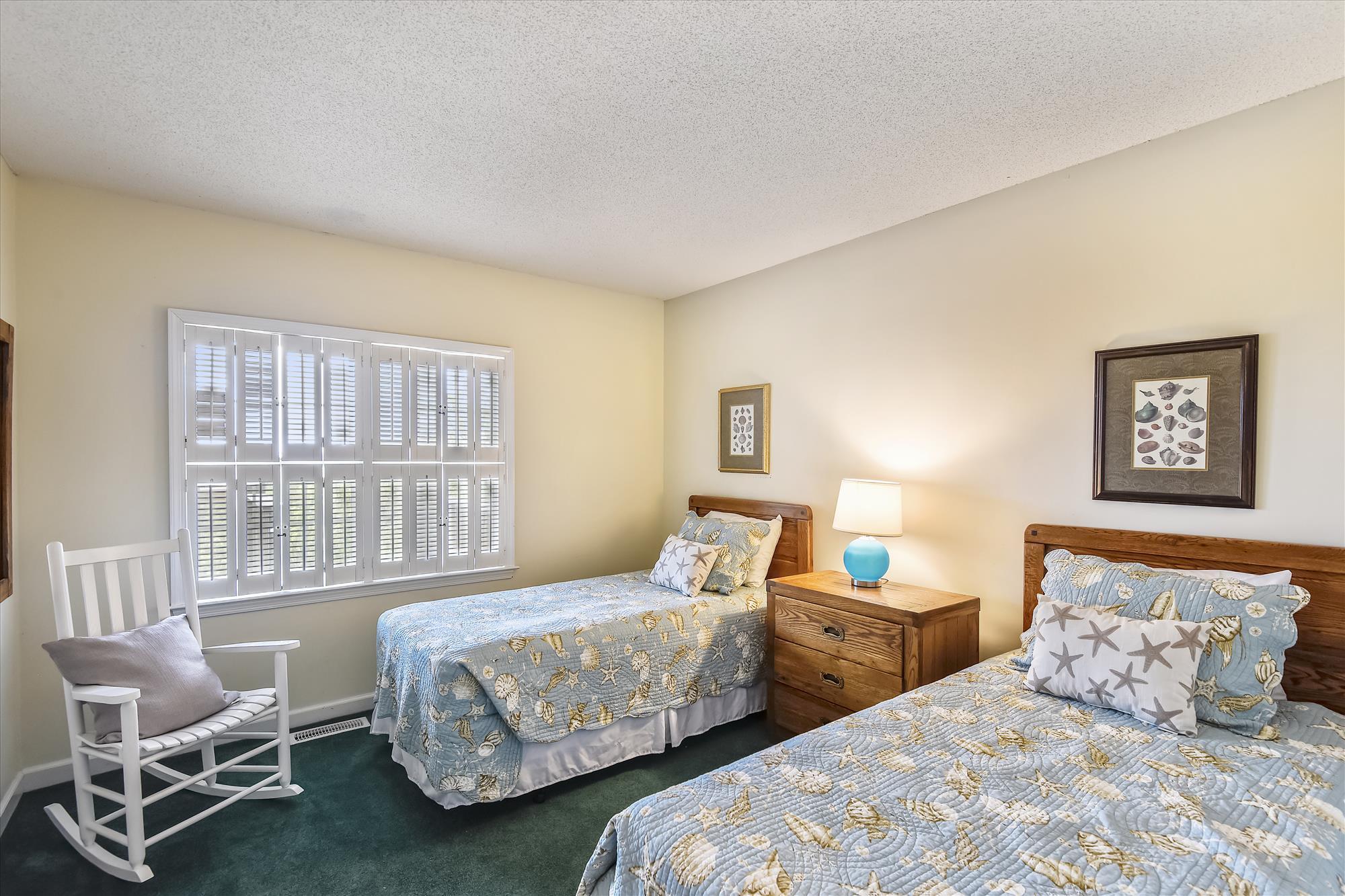 First Level-Bedroom 4-_DSC9587