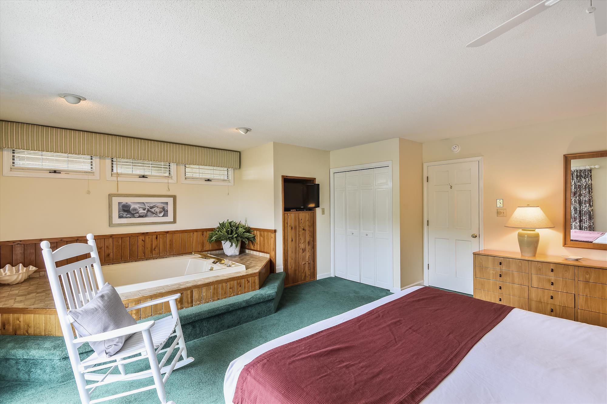 First Level-Bedroom-_DSC9532