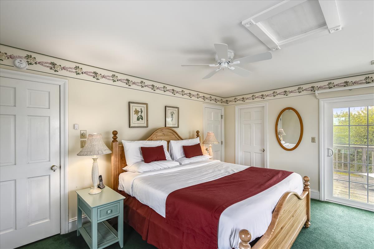 Fisrt level-Bedroom-_DSC0593