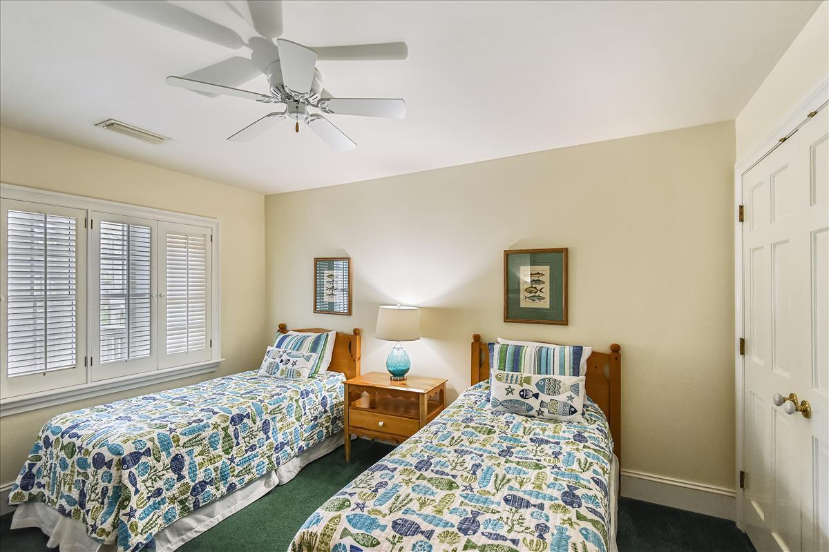 Fisrt level-Bedroom-_DSC0623