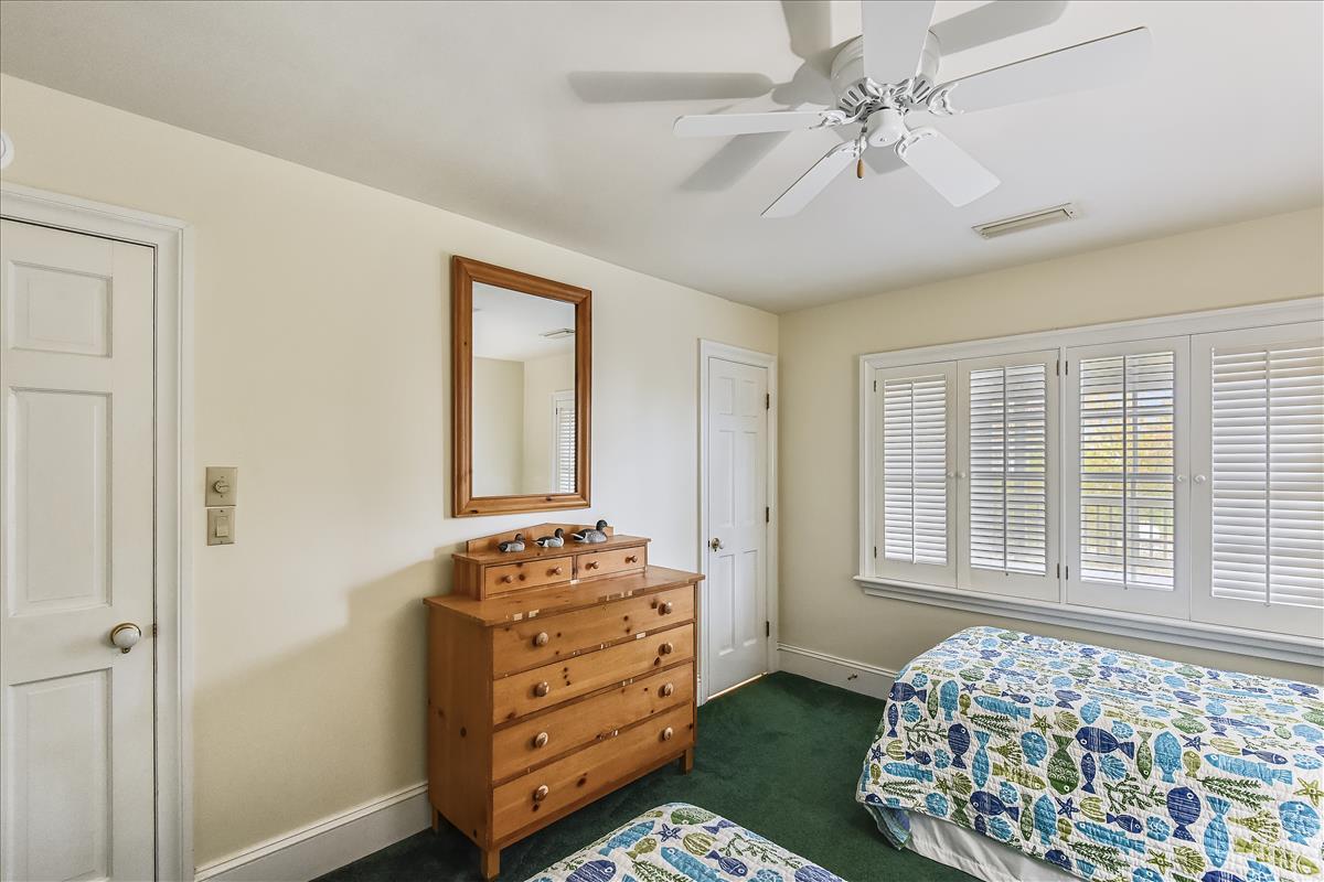Fisrt level-Bedroom-_DSC0628