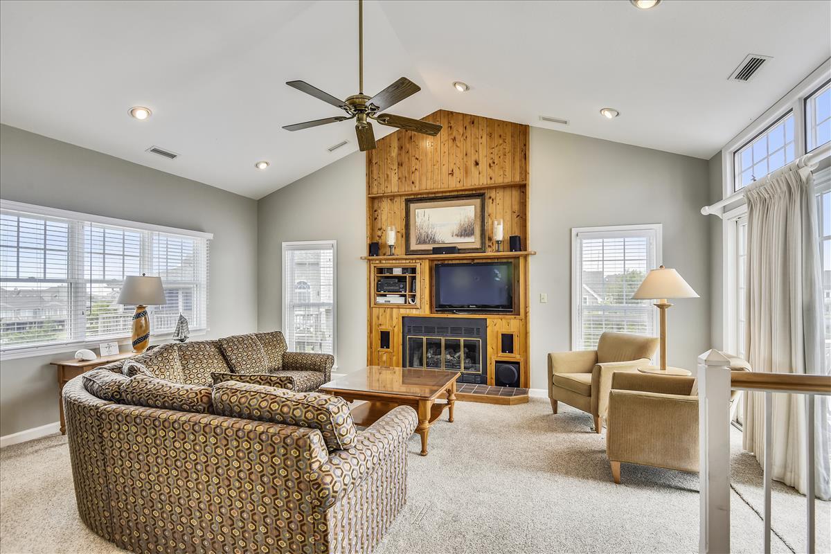 Main Level-Living Room-_DSC0005