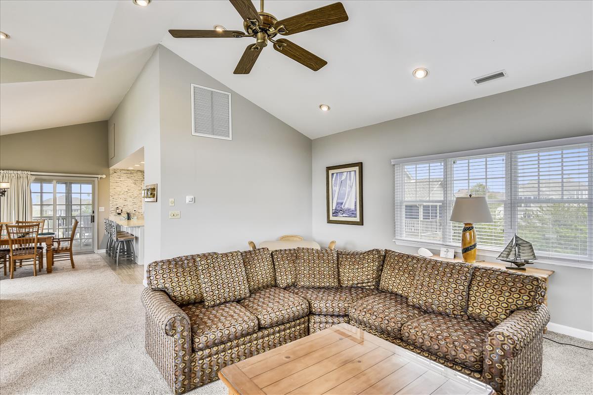 Main Level-Living Room-_DSC0020