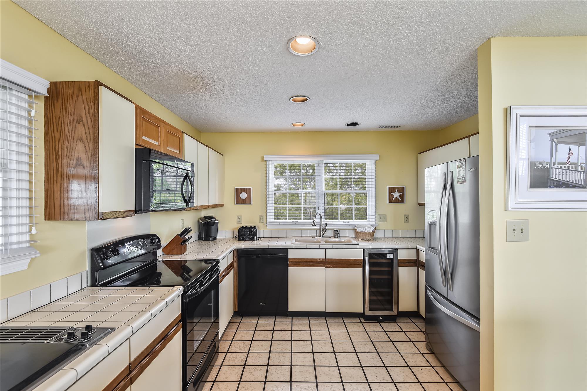 Second Level-Kitchen-_DSC9602
