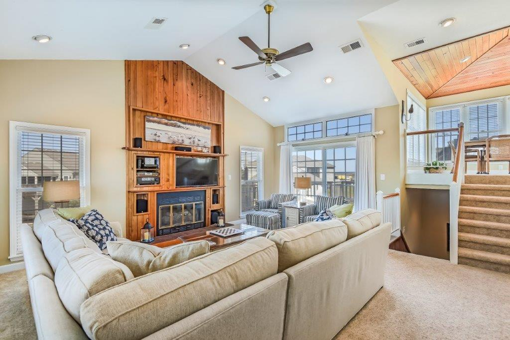 Second Level-Living Room-_DSC6664